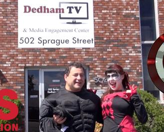 Batman vs. Harley Quinn doing the ALS Ice Bucket Challenge!